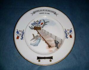 ancienne-assiette-DUNKERQUE-JEU-DE-BOUCHON-FRANCS-BOUCHONNIERS-1895