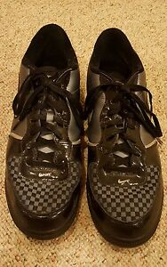 Grey Checkered Basketball Shoes - Size