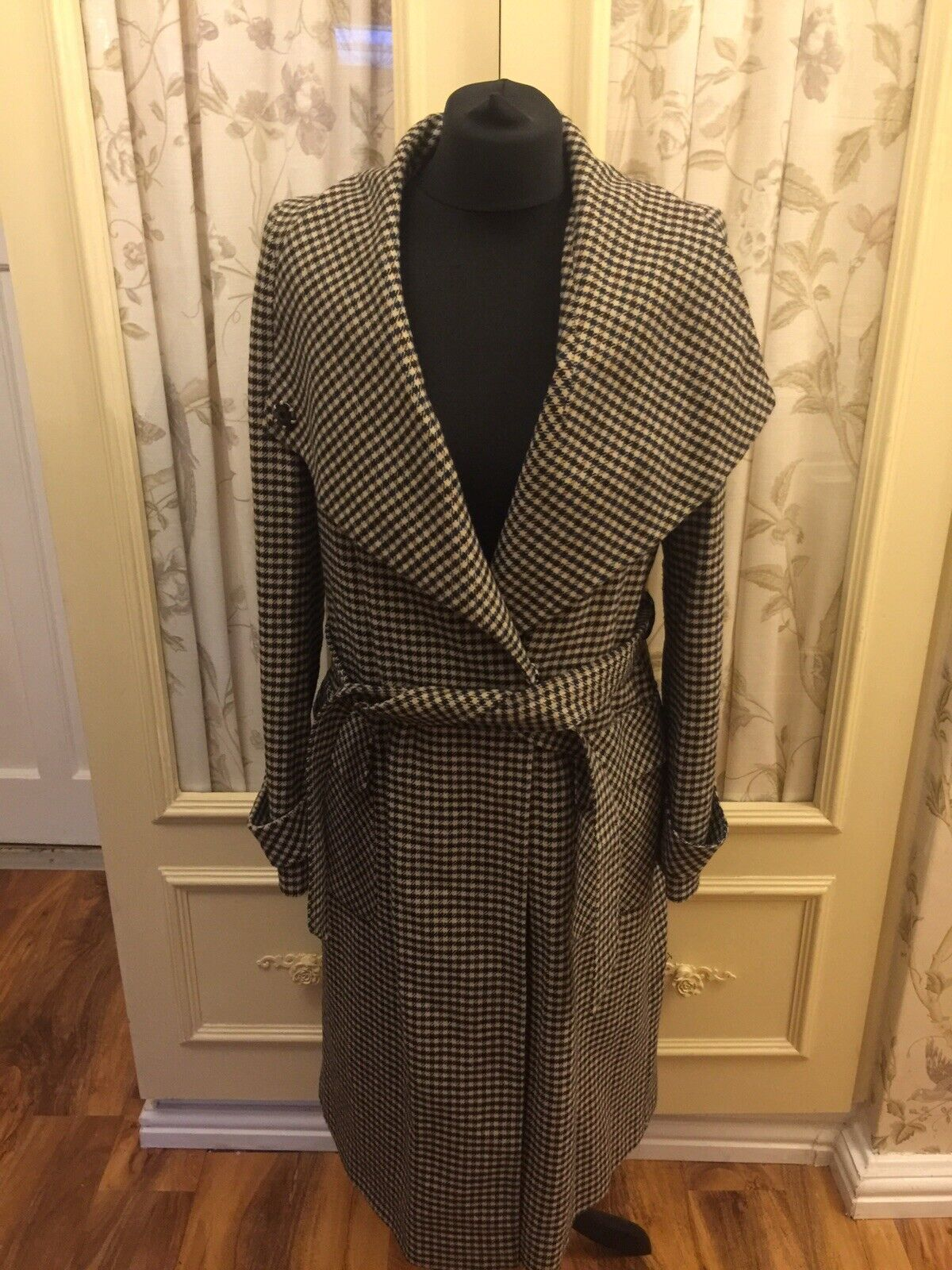 Gergous Next Designer Ladies Coat