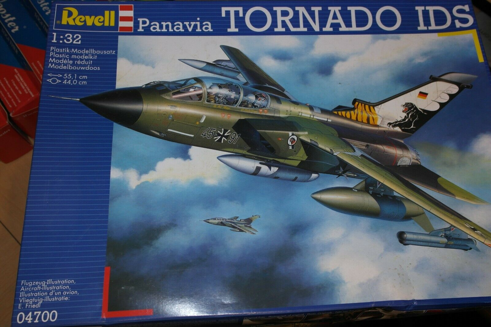 REVELL 1 32 PANAVIA TORNADO IDS  04700