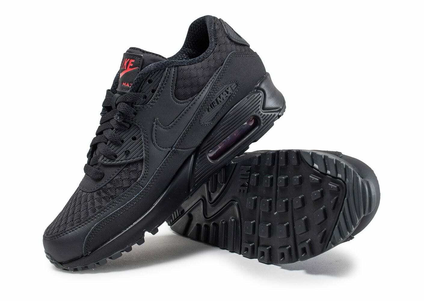 Nike AIR MAX 90 ESSENTIAL NINJA PACK BLACK METALLIC RED  SZ 11.5 SUPER RARE