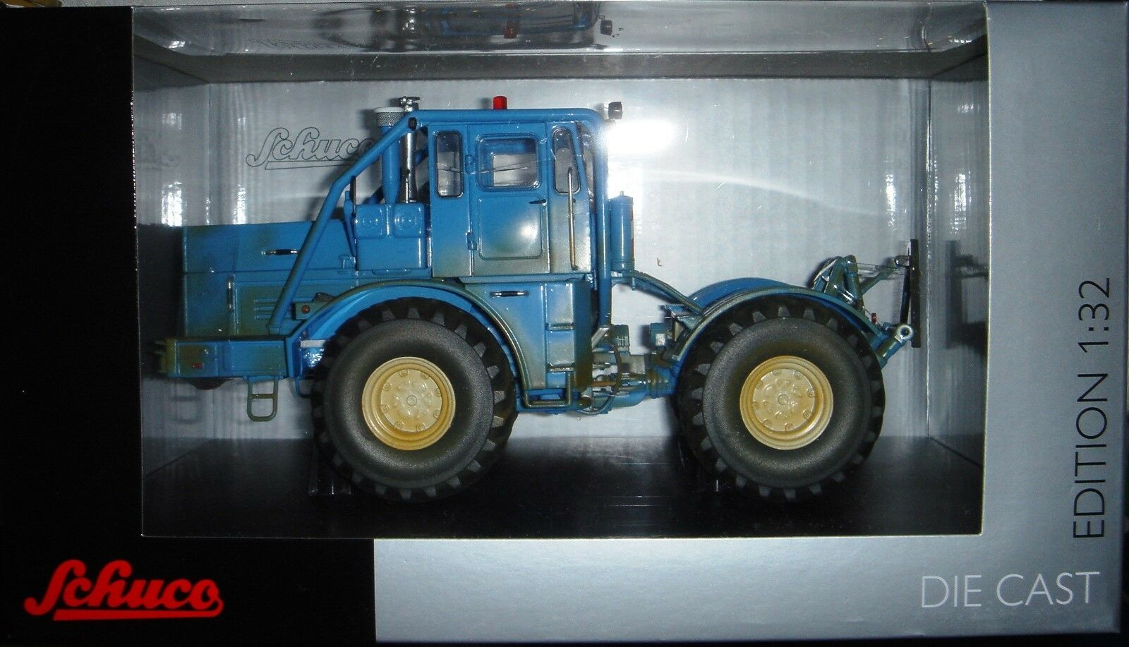 Agritechnica Special Model Kirovets k-700 an in bluee Dirty, Schuco 1 32 Farm