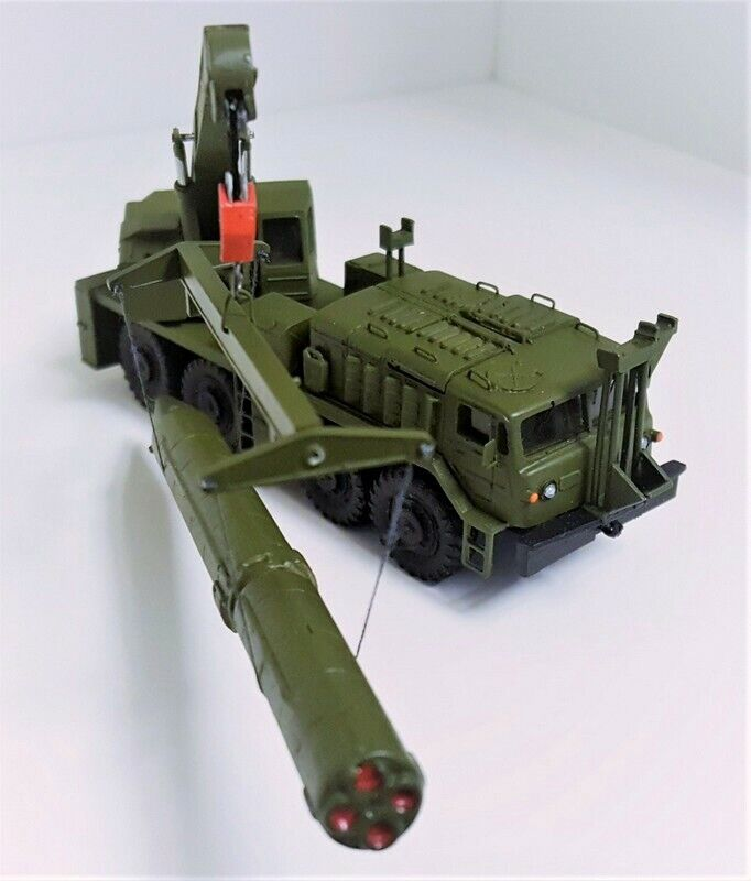 Maz-537k 9t35 autodrehkran (1 87)