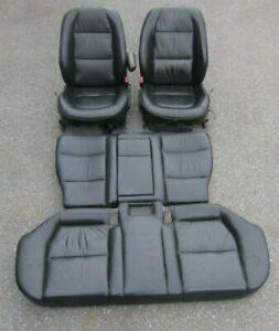 BMW-E34-5er-Touring-Lederausstattung-Sitze-Leder-Schwarz-Komplett