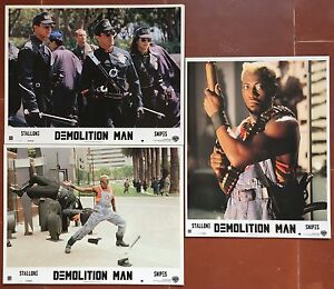 DEMOLITION-MAN-Marco-Brambilla-SYLVESTER-STALLONE-Wesley-Snipes-3-Photos