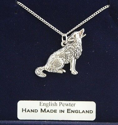 Wolf Lovers Necklace in Fine English Pewter, Handmade, Gift Boxed (ab)