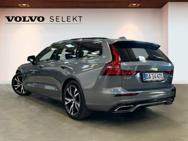 Volvo V60 2,0 B4 197 R-Design aut. - billede 2