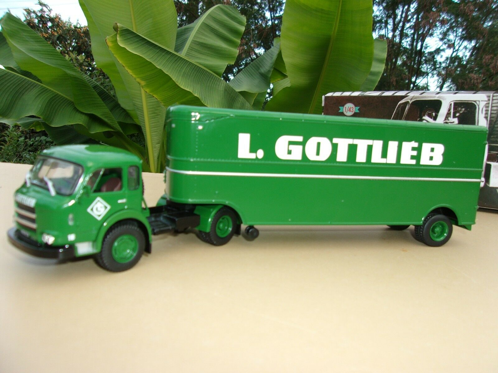N° 62   SAVIEM JL 23 Camion Semi Remorque L. GOTTLIEB  1 43 Neuf en Boite