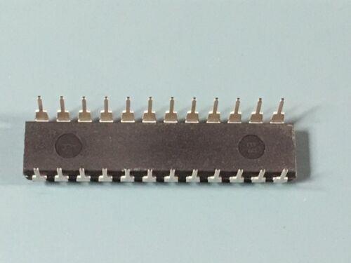 RARE NEW FAIRCHILD 74F676SPC IC SHIFT REGISTER SER//PAR 24 DIP 45 LOT OF