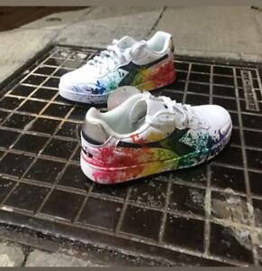 Scarpe-Diadora-B-Elite-Bianche-Nere-Sfumature-Schizzi-Multicolore-Personalizzate