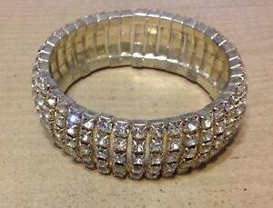 Rhinestone-Covered-Silver-Tone-3-4-034-Wide-Stretch-Bangle-Sparkling-Bracelet