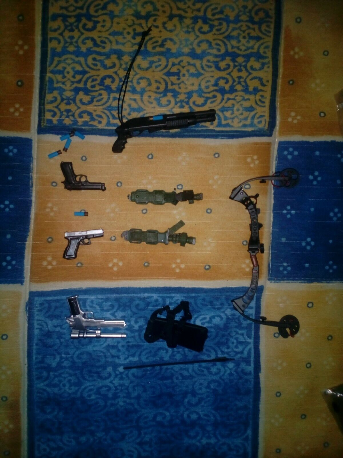 Lote armas   lot Weapons hot toys and others