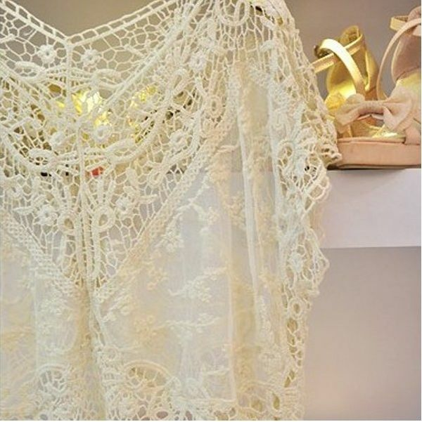 1x 651400 New Beige Casual Sweet Lace Flower Hollow Batwing Halter Tops Blouses