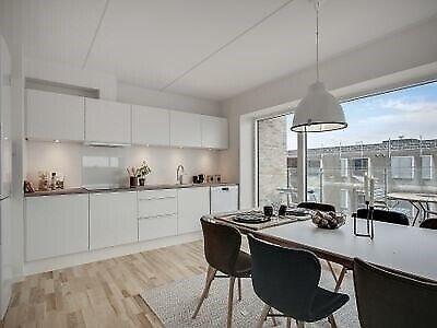 9200 vær. 4 lejlighed, m2 107, Poul Anker Bechs Vej