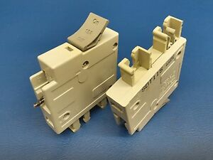 ONE-15-Amp-Square-D-TRILLIANT-15A-SQD-Breaker-Single-or-1-Pole-SDT115-NICE