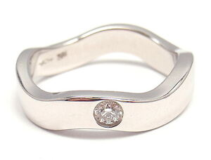 AUTHENTIC-HEARTS-ON-FIRE-18k-WHITE-GOLD-DIAMOND-CURVED-RING-US-SIZE-6-5