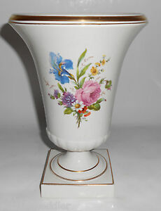 Trenton-Art-Pottery-Large-Decorated-Floral-Vase