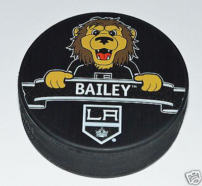 Los Angeles Kings Mascot Bailey The Lion Team Logo SOUVENIR NHL HOCKEY PUCK NEW