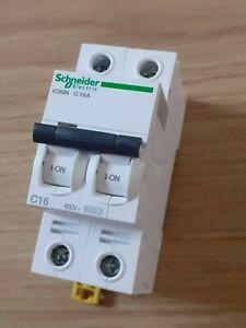 disjoncteur 2 pôles   C 16 A ampères IC60N Schneider electric A9F77216 neuf