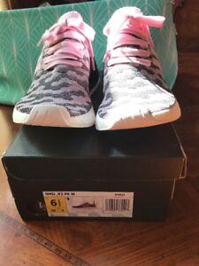 93a197e6b07ff NIB Women s 6.5 Adidas NMD R2 Primeknit Wonder Pink Core Black ...