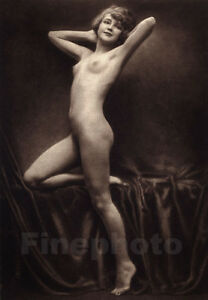 artistic photos nude Female