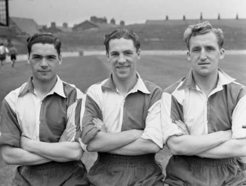 Eddie-Crossan-Archie-Wright-amp-Jackie-Wharton-Blackburn-Rovers-OLD-FOOTBALL-PHOTO
