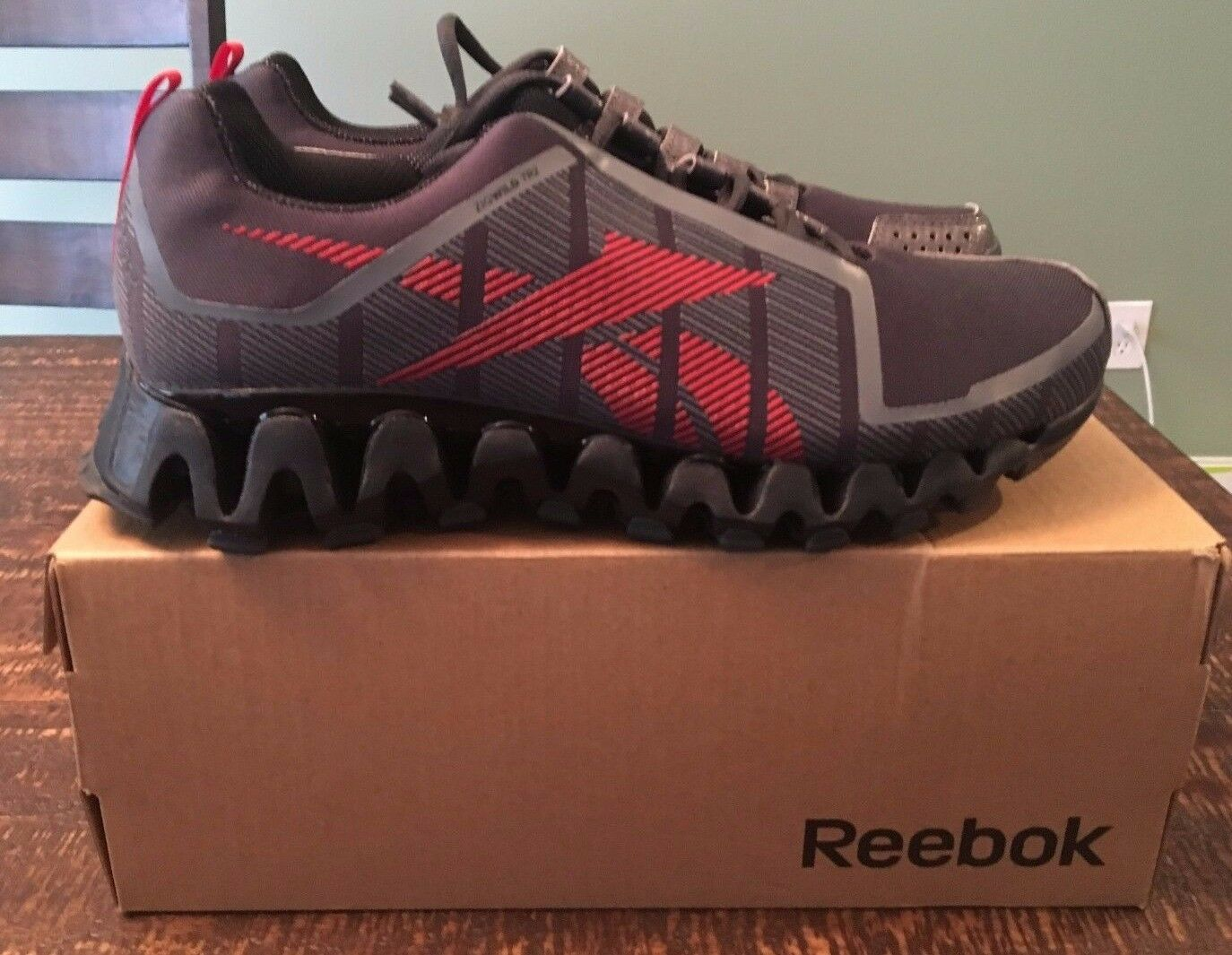 Men's Reebok Zigwild TR 2 TR2 Trail Running Free Priority Shipping Lmtd Edition