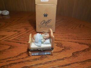 Avon-Porcelain-Bear-Trinket-Keepsake-Box
