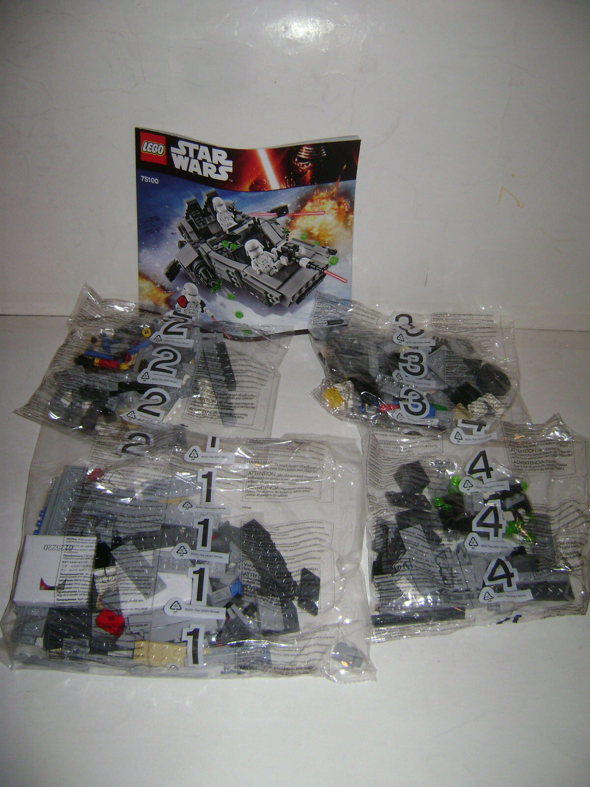 LEGO 75100 STAR WARS First Order Snowspeeder Building Set 444 Pc All Bags Sealed