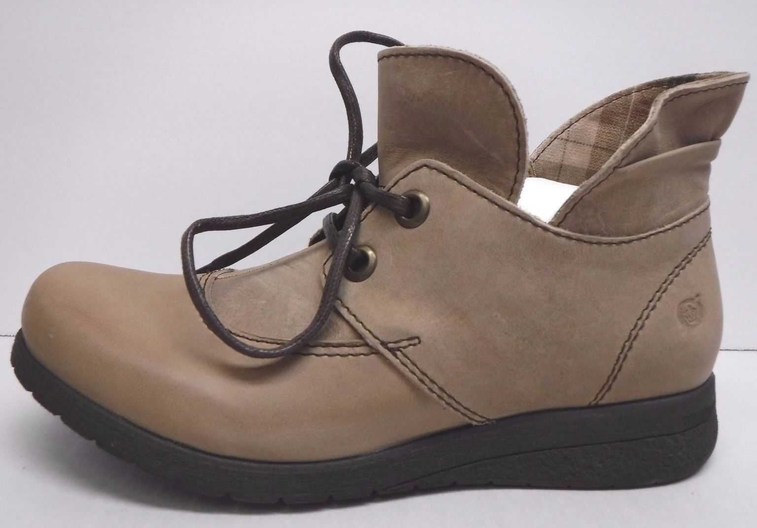 Born Größe 8.5 Taupe Leder Ankle Stiefel NEU Damenschuhe Schuhes