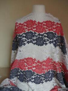 15-98-m-Spitzenstoff-Spitze-Stoff-Bogenkante-wollweiss-rot-blau-1-45m-breit