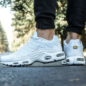 Details zu NIKE AIR MAX PLUS Tn WhiteCool Grey MEN'S SHOES PREMIUM LIFESTYLE COMFY SNEAKER