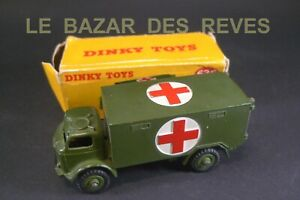 DINKY TOYS GB. Ambulance militaire. REF: 626 + Boite.