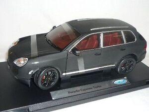 1-18-Welly-Porsche-Cayenne-Turbo-Mate-Negro-Modelo-Especial