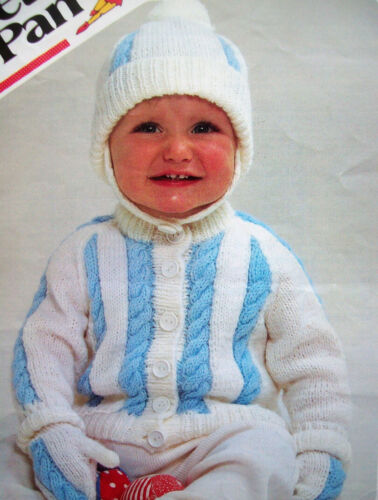 """Baby Boys 2 colour Cable Jacket Cardigan Mittens Hat KNITTING PATTERN DK 18-22/"""""""