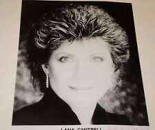 LANA CANTRELL / POP SINGER /   8 X 10  B&W  AUTOGRAPHED  PHOTO