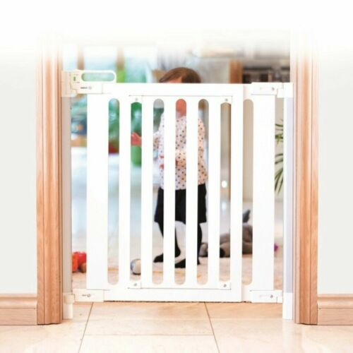 Fred Screw Fit Wooden Baby Stair Gate Pure White Fittings White Wood Panel