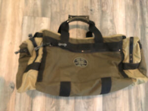 Red Oxx PR4 Carry On Duffel Bag Made is USA Nice