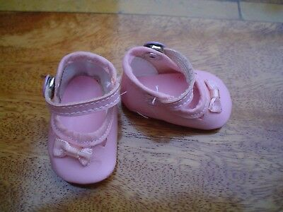 PINK BABY DOLL SHOES WITH HEART DESIGN AND BOW