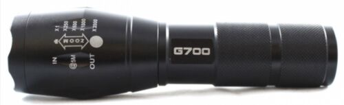 AUTHENTIC TACTICAL G700 FLASHLIGHT