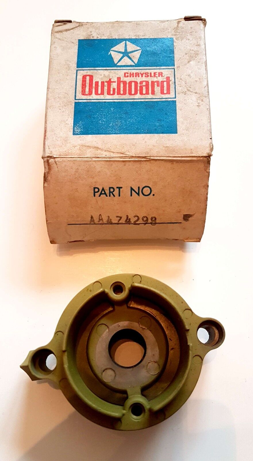 F2A474298 Prop. Shaft Bearing Cage für Chrysler / Force 6 - 12 + 55 HP, 1976 -83