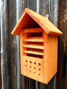 Casa Coccinella CASA DELLE API per la pulizia INSETTI CASA pipistrello in legno animali d'allevamento  </span>