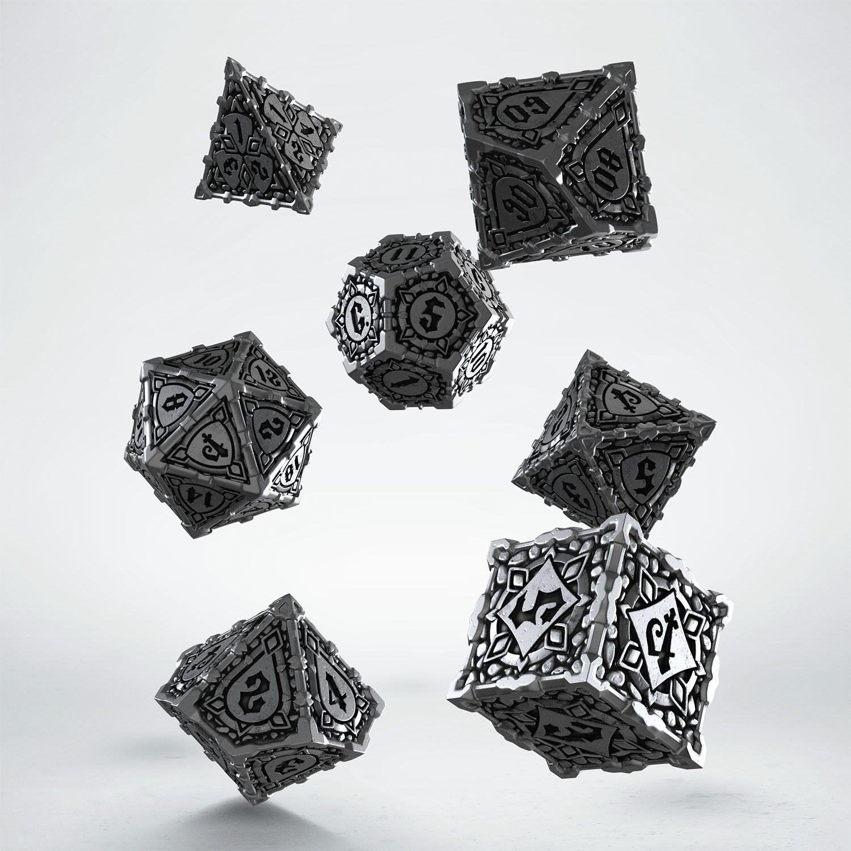 Set de dés Metal  Pathfinder (7)  livraison gratuite et rapide disponible