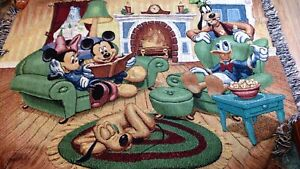 Walt-Disney-Blanket-Tapestry-Throw-Wall-Hanging-Mickey-Minnie-Goofy-Fireplace