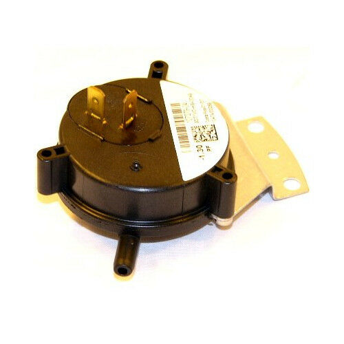 "-.70/"" WC SPST Goodman 10727923 Pressure Switch"