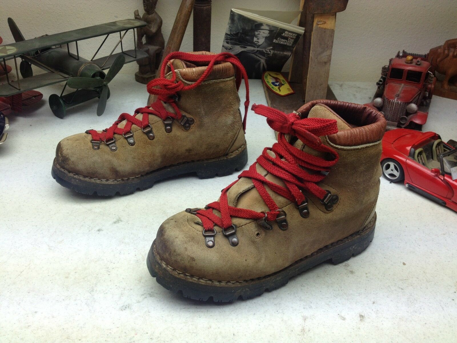 VINTAGE DISTRESSED DUNHAM braun LEATHER LACE UP MOUNTAINEERING TRAIL Stiefel 7 M