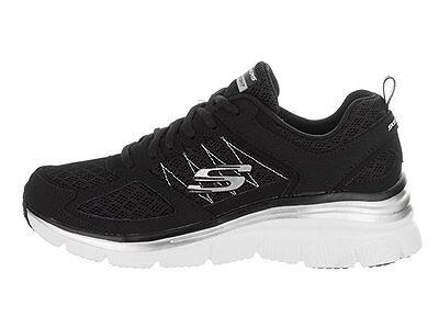 22398 Skechers Women/'s Gratis Empower Comfort Shoes Memory Foam BKW