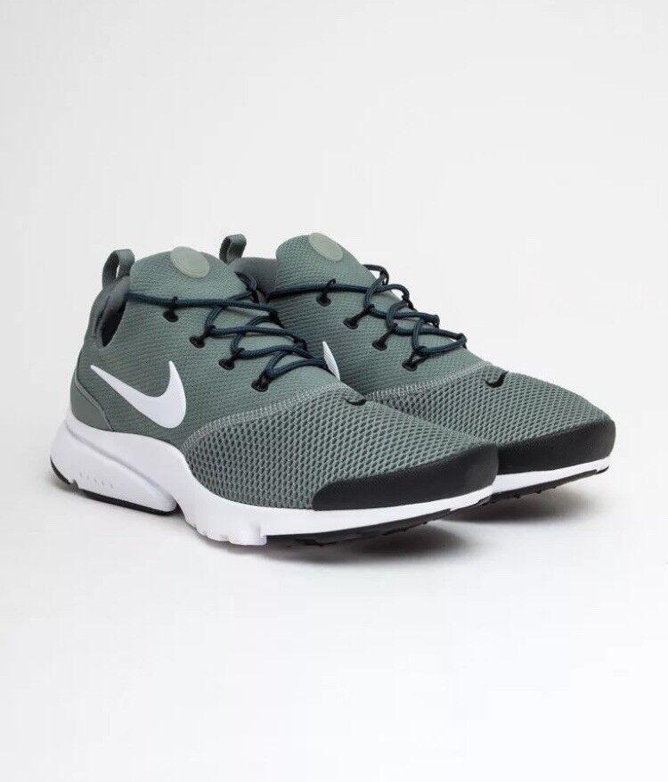 Homme Nike Presto Fly Taille UK 8.5 EUR 43-