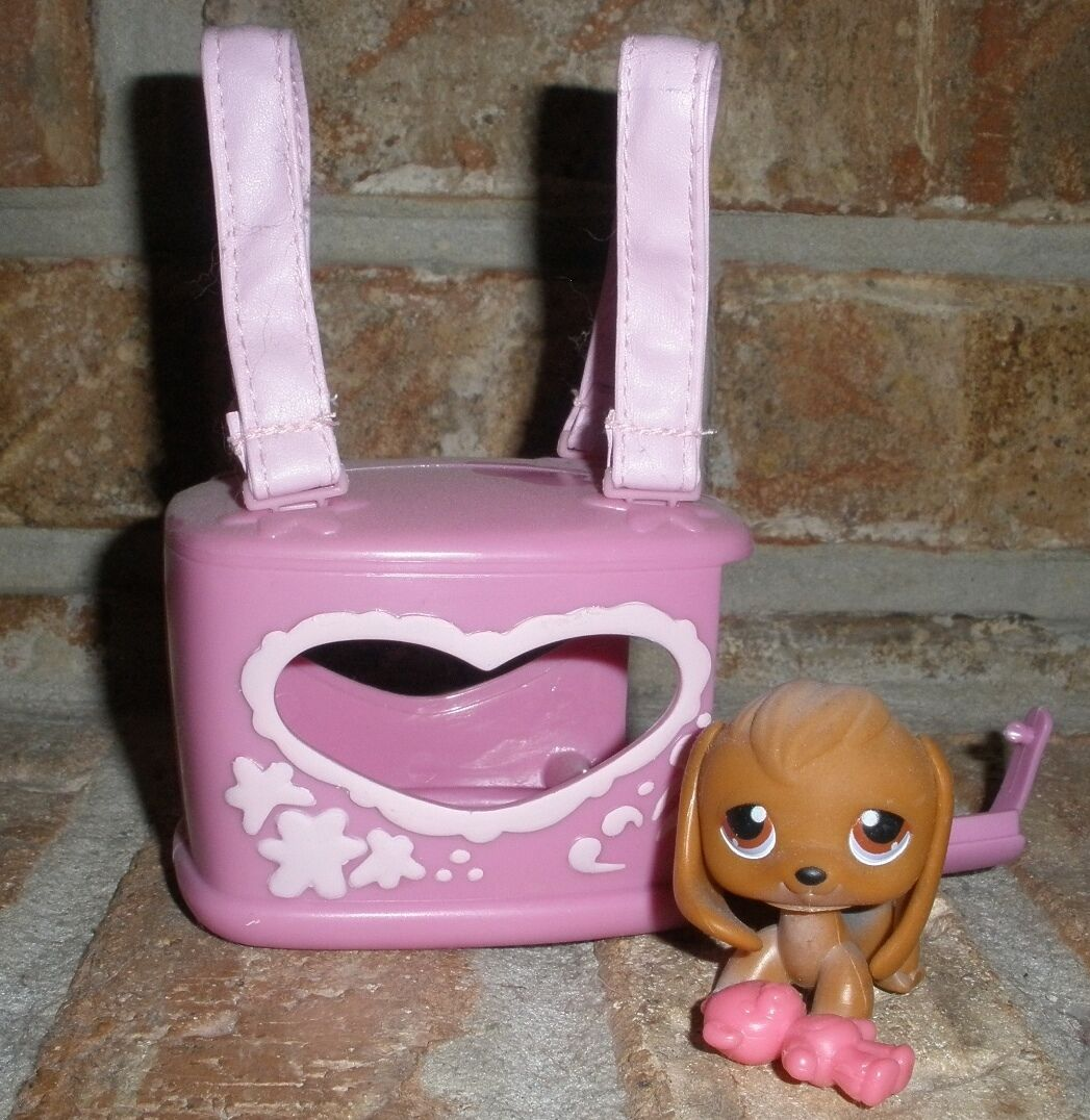 Littlest Pet Shop Brown BEAGLE w w w HEART SHAPED Carrier VHTF a39374