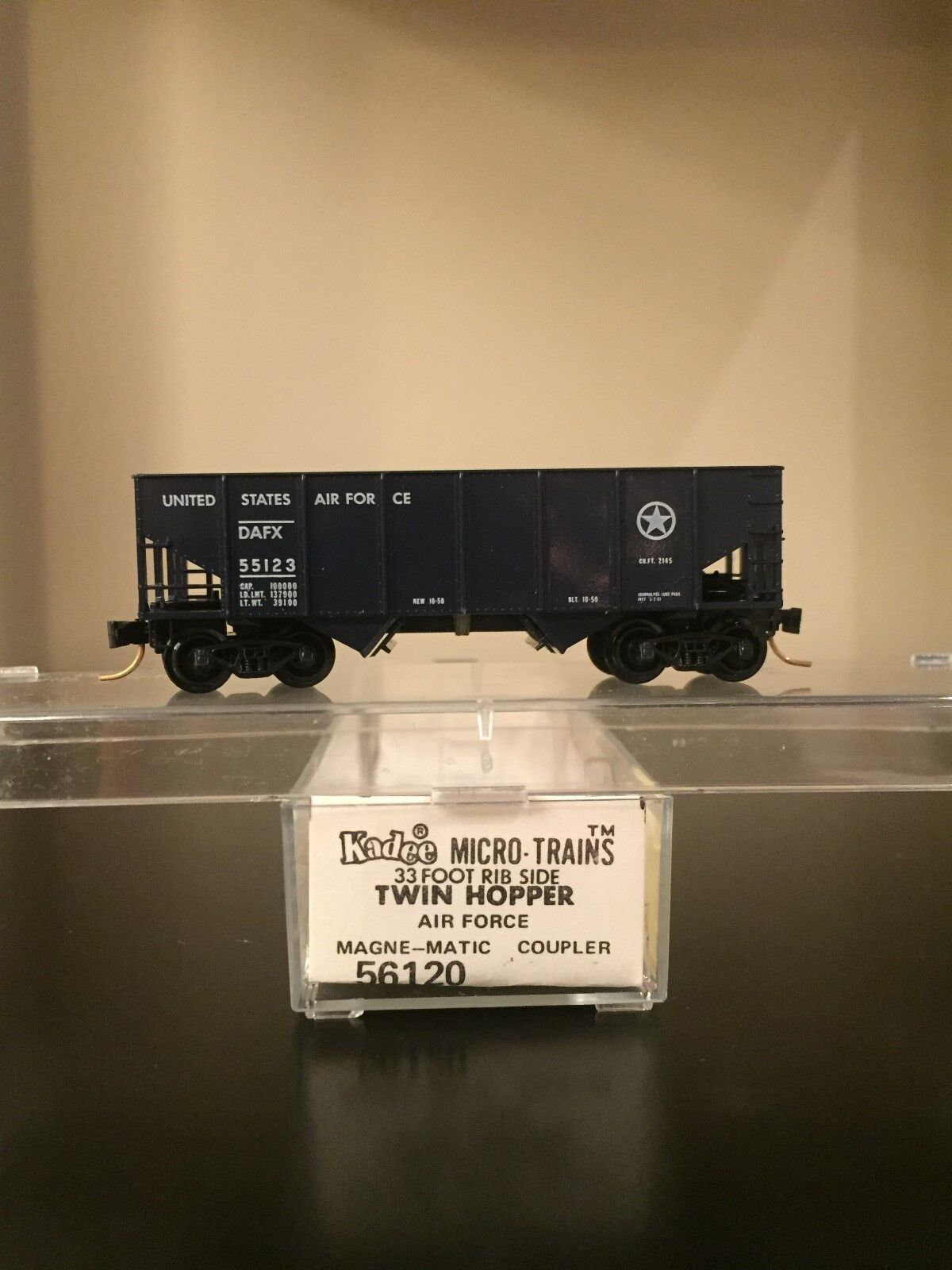Kadee Micro Trains MTL 56120 Air Force DAFX 55123 USAF  33' Twin Hopper